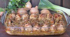 Soczyste mięso z kurczaka pieczone w cebuli, porze i piwie. Znakomicie sprawdzi się na niedzielny obiad