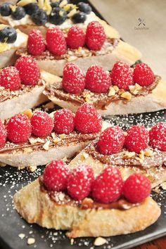 This quick and easy chocolate-hazelnut & raspberry toast makes a healthy and delicious snack or breakfast!