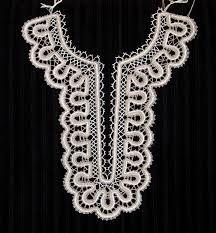 Resultado de imagen de amigurumis tutorial bruja Hand Embroidery Designs, Ribbon Embroidery, Irish Crochet, Diy Crochet, Bobbin Lace Patterns, Crochet Patterns, Crochet Lace Collar, Bruges Lace, Bobbin Lacemaking