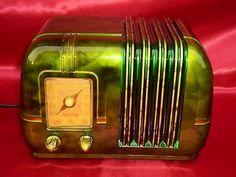 1946 Arvin Model 544 Bakelite Tube Radio