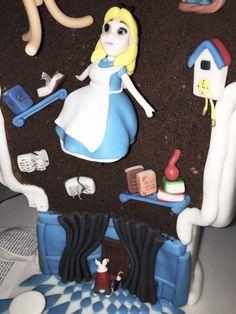 § A Cake in Wonderland § >>  https://bcreativepartyplanners.com/2016/11/10/cake-wonderland-alice/