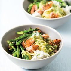 Taste Mag | Fettucine with hot-smoked salmon, asparagus and dill @ https://taste.co.za/recipes/fettucine-with-hot-smoked-salmon-asparagus-and-dill/