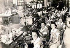 Nelson Knitting Company loopers - making red heel socks, Rockford, IL 1930