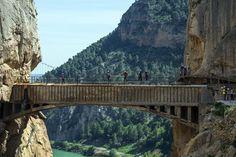 Puentes colgantes espectaculares donde hay que atreverse a subir