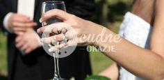 Jakie alkohole na wesele wybrać? Gdzie kupić tani alkohol na wesele? Ile…