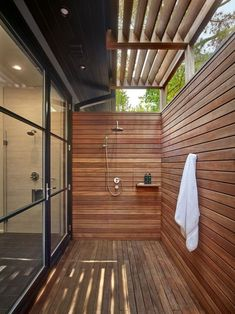 61 fabulous outdoor shower design choices for bathroom inspiration 1 Outdoor Baths, Outdoor Bathrooms, Natural Bathroom, Small Bathroom, Bathroom Ideas, Bathroom Designs, Master Bathroom, Bad Inspiration, Bathroom Inspiration
