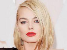 Classy blonde mature milf