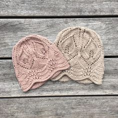"2,688 likerklikk, 44 kommentarer – KNITTING FOR OLIVE (@knittingforolive) på Instagram: ""- Lace beanie - Our #lacehat is soon available in a beanie version! Sizes from 2 - 10 years.…"""