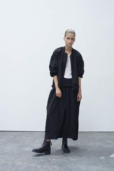 Y's by Yohji Yamamoto Ready To Wear Spring Summer 2016 - NOWFASHION