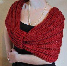 New crochet scarf infinity crafts 64 Ideas Knitted Capelet, Crochet Poncho, Crochet Scarves, Crochet Clothes, Crochet Collar, Crochet Top, Loom Knitting, Knitting Stitches, Knitting Patterns