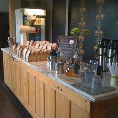 i deal coffee - ossington, Toronto, ON