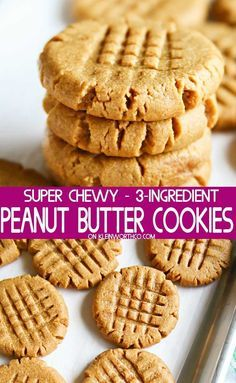 3 Ingredient Peanut Butter Cookies are the easiest cookie recipe that you will ever make and are gluten free. Soft, chewy, and simply the best peanut butter cookies! Making Peanut Butter, Soft Peanut Butter Cookies, Brown Sugar Cookies, Cookies Soft, Coconut Cookies, Meringue Cookies, Almond Butter Cookies, Cookies With No Eggs, Cream Cookies