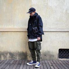 "Reposting @smir.k: ... ""走得慢沒有關係 只要確定自己是走在正確的道路上就可以了"" Menswear mode style fashion ootd streetstyle tenue idée homme"