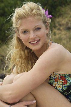 H2O's Cariba Heine #Australia #celebrities #CaribaHeine Australian celebrity Cariba Heine loves http://www.kangadiscounts.com
