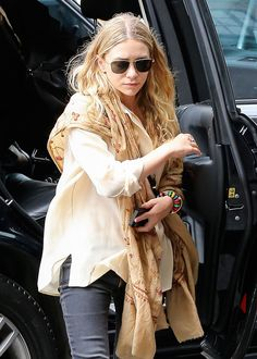 """A few weeks ago, several outlets reported that Ashley Olsen was suffering from a severe, debilitating case of Lyme disease. In Touch Weekly (via Jezebel) reported how Ashley contracted the disease a few years ago from tick bites. She's experiencing constant flare ups that are """"affecting her day-to-day life,"""" and her condition is growing worse. Ashley was reportedly seeking alternative treatments in Europe, and it all sounded very scary. I don't know if the story is true, but countless…"""