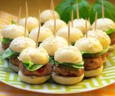Pesto and pine nut tart - Clean Eating Snacks Appetizers For Kids, Mini Appetizers, Appetizer Recipes, Snack Recipes, Clean Eating Snacks, Healthy Snacks, Mini Hamburger, Top 14, Snack Platter
