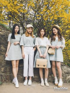 Korean Fashion Trends you can Steal – Designer Fashion Tips Korean Girl Fashion, Korean Fashion Trends, Ulzzang Fashion, Korea Fashion, Japanese Fashion, Asian Fashion, Ulzzang Style, Kpop Outfits, Girly Outfits