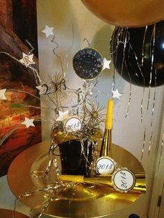 Decorations at a New Year's Party #newyear #partydecor