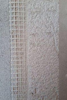 Rasante termico anticondensa H-55 PV Concepito per risolvere i diversi problemi relativi alla prestazione termica nel basso spessore, come l'isolamento di pareti interne ed esterne, i ponti termici (differenze di temperatura tra le pareti) e quelli ricollegabili alle muffe. Il rasante termico H-55 PV trova la sua convenienza nella funzione per la quale è