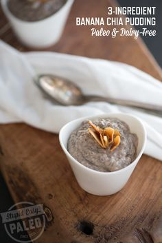 This Banana Pudding is really simple. While I love convenience, the little cups of chia pudding goodness you can buy at the grocery store can be kind of pricey, especially if you Dairy Free Recipes, Real Food Recipes, Cooking Recipes, Yummy Food, Gluten Free, Paleo Recipes, Paleo Dessert, Healthy Sweets, Healthy Snacks