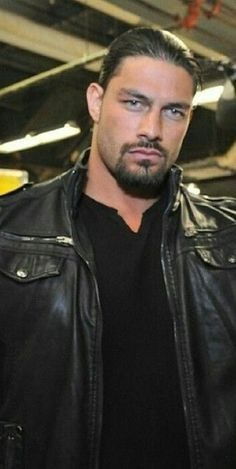 Discover recipes, home ideas, style inspiration and other ideas to try. Roman Reigns Shirtless, Wwe Roman Reigns, Roman Empire Wwe, Roman Reigns Family, Roman Regins, Wwe Superstar Roman Reigns, Wwe Pictures, Wwe World, Wattpad