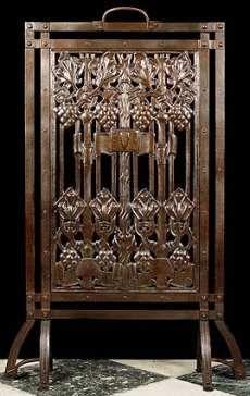 19th Century Art Nouveau Bronze Fire Screen Featuring A Grapevine Design In Repousse Metal - English