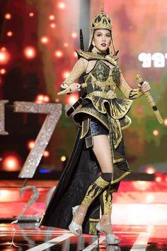 Miss Grand Thailand 2016 - Miss Contestants Thailand Costume, Thailand Outfit, Thailand Fashion, Thai Fashion, Weird Fashion, Fashion Show, Carnival Outfits, Thai Traditional Dress, Thai Dress