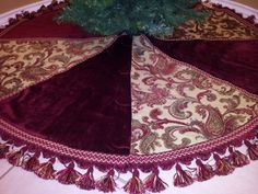 "Large 60"" Decorative Christmas Tree Skirt by MWDesignsDecor on Estsy"