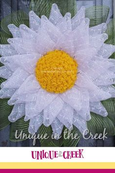 Want a Darling Daisy? Unique in the Creek has your full scope of DIY flower wreaths and so much more! Grab your Unique in the Creek wreath board and all of the supplies you need to create this DIY daisy wreath and so many other wreath projects for your home at uniqueintehcreek.com today! #diywreath #flowerwreath Flower Wreaths, Diy Flowers, How To Make Diy, How To Make Wreaths, Wreath Crafts, Diy Wreath, Diy Your Wedding, Wreath Tutorial, Summer Diy