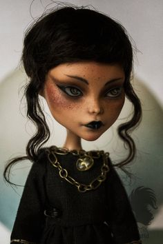 Перекрасить Клео - Черное платье от Skiurid je ne comprends pas le russe mais elle est magnifique !