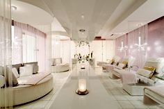 The Sanctuary at The Ritz-Carlton Spa, Los Angeles combines classic Hollywood style with urban sophistication for a relaxing, glamorous space.
