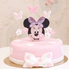 Gâteau Minnie Papillon Mini Mouse Birthday Cake, Minnie Birthday, Baby Birthday, Bolo Minnie, Minnie Cake, Minni Mouse Cake, Christmas Cake Pops, Sugar Cake, Fondant Decorations