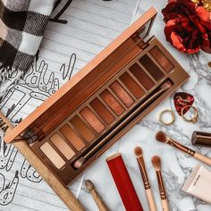 Urban Decay Naked Heat Palette Review Flatlay - Soft October Night - A Style and Creativity Blog