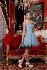 2013 Light Blue A-line / Princess Sweetheart Mini-length Organza Beading Prom / Homecoming Dress - US$138.56http://www.dresses100.com/fashion-evening-dresses_c90   Unique light blue evening dresses