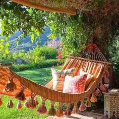 Yes....rocking in a hammock constitutes as a joy ride in my book ;) Could use gypsy boho ethnic textiles & blankets (tapestries) to achieve this Moroccanish feel.
