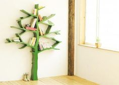 Another great solution for books in a kids room.