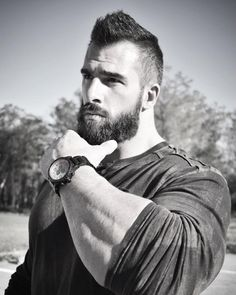 36 How To Make Undercut Hairstyle Idea for Chubby Men Handsome Bearded Men, Hairy Men, Great Beards, Awesome Beards, Beard Styles For Men, Hair And Beard Styles, Beard King, Beard Wax, Chubby Men