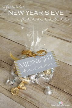 """New Year's Eve Party Printables for Adults – Wrap chocolate Kisses up in a pretty cellophane bag and add a label that says """"Midnight Kisses.""""  Send  them home with your friends."""