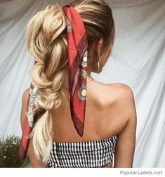 Amazing boho hair and outfit