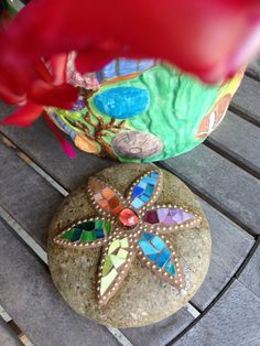 Mosaic Flower Rock Paperweight Garden Stone by PalsCreations, $25.00