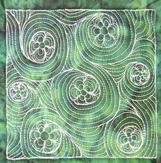 The Free Motion Quilting Project: Day 361 - Daisy Flow