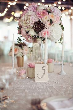 Centerpieces: All different, random pieces together but they work and look right