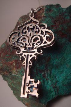 Skeleton Key Necklace by littlerock. http://www.littlerockjewellerystudio.com/