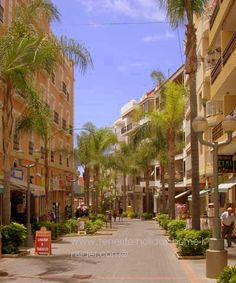 Puerto de la Cruz of Tenerife Spain street Calle La Hoya where many privately owned apartments are used as holiday homes. Paradise Island, Island Life, Places To Travel, Places To See, Tenerife Sea, Spain And Portugal, Canary Islands, Spain Travel, Strand