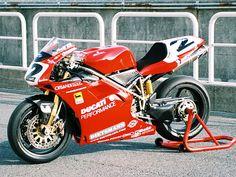 Ducati 996 SBK 1998 - Carl Fogarty 2 - Foto Attualità e Mercato
