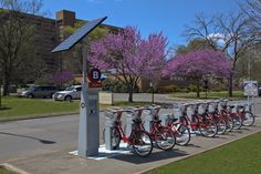 Zip through Nashville on a beautiful spring day with a B-Cycle. Offering 29 stations, Nashville's B-Cycle network allows you a 24-hour membership for $5, or $3/hr!