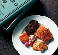 CAFE TANAKA レガル・ド・チヒロ(カフェタナカ特製手作りクッキー缶)イメージ