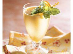Vanilla and Almond Flavored Banana Orange Smoothie