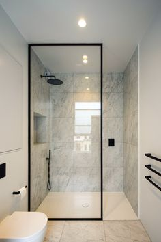 Framed Shower Door, Bathroom Shower Doors, Frameless Shower Doors, Glass Bathroom, Door Less Shower, Bathroom Shower Designs, Modern Shower Doors, Bath Shower Screens, Frameless Sliding Shower Doors