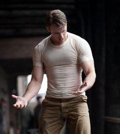 chris evans as captain america. be still my beating heart.